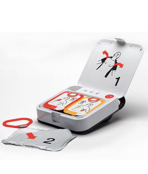 Lifepak CR2 defibrillaattori käyttöönotto